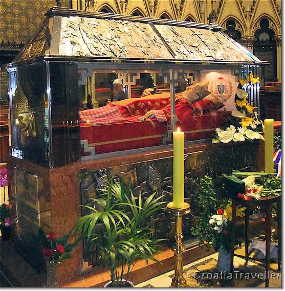 Tomb of Cardinal Stepinac, Zagreb Cathedral