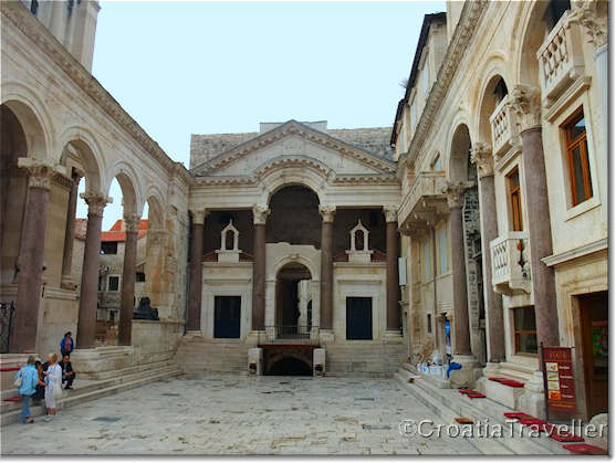 Peristil, Diocletian's Palace