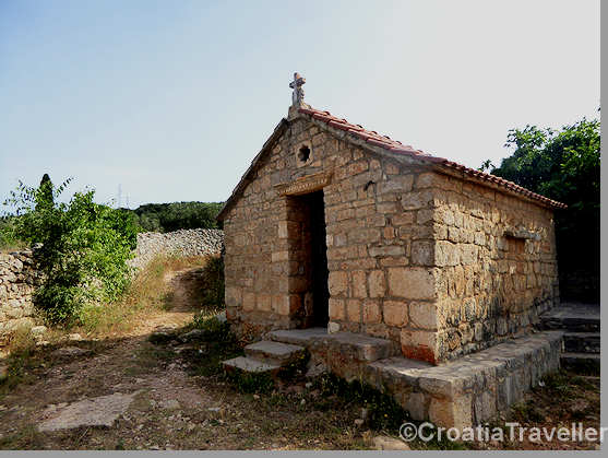 Stari Grad Plain church