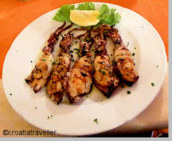 Grilled squid from Glorijet
