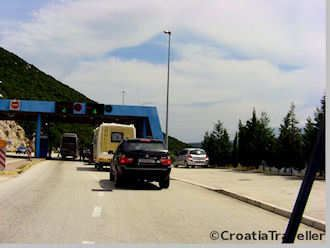 Border Control at Neum