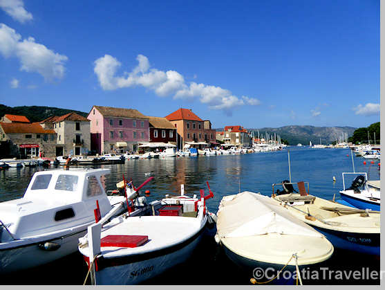 Boats in Stari Grad harbour