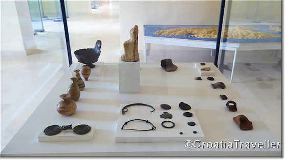 Display in Vis Archaeological Museum