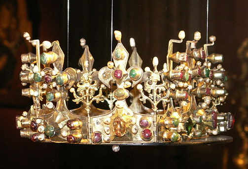 Crown of the Anjour queen, Museum of Church Art